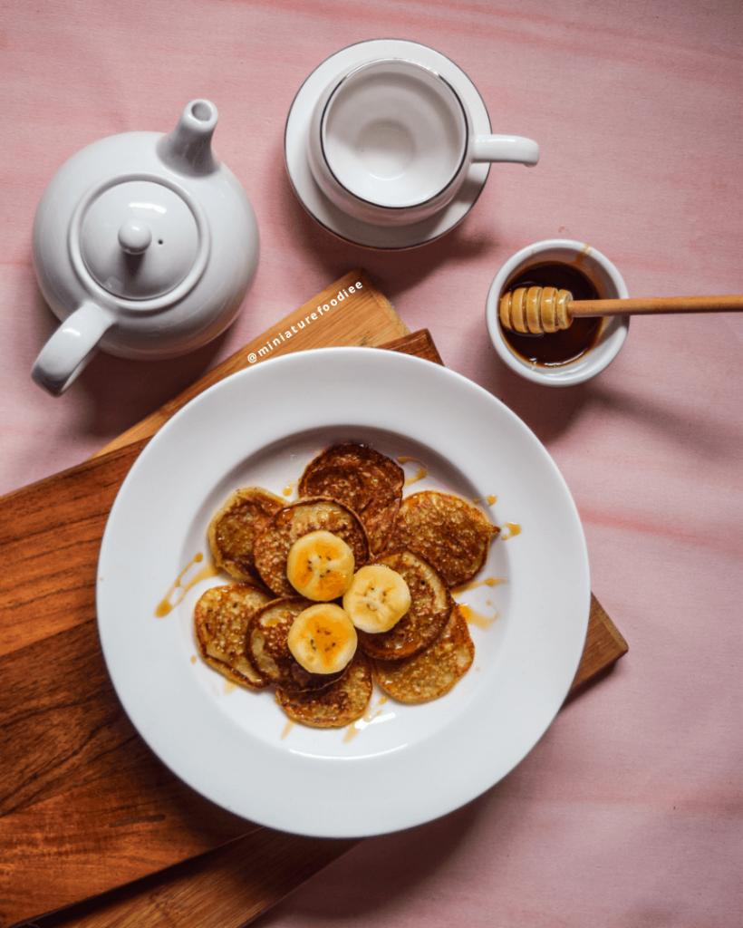 Eggless Banana Pancake by Miniaturefoodie